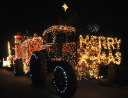 Candlelight Christmas Tractor Parade Madera 2020 Has Downtown Madera Grown Apart From Downtown Association?   Big